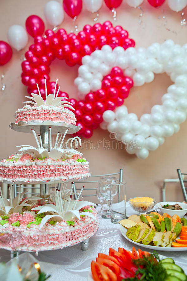 Download Wedding Ornament From Balloons Royalty Free Stock Photo - Image: 18691585