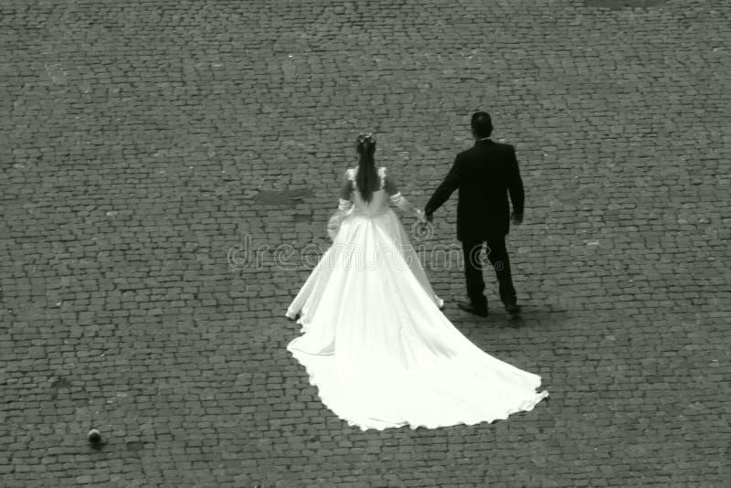 Wedding par le Colosseum photographie stock