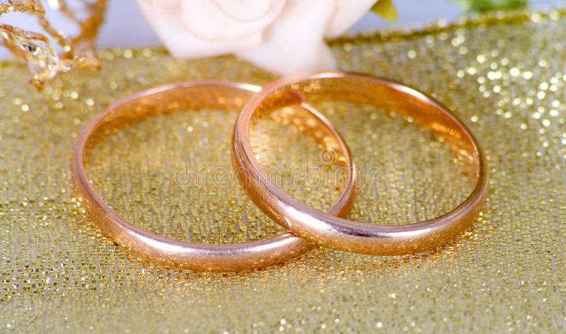 Download Wedding Rings Stock Photo - Image: 23806540