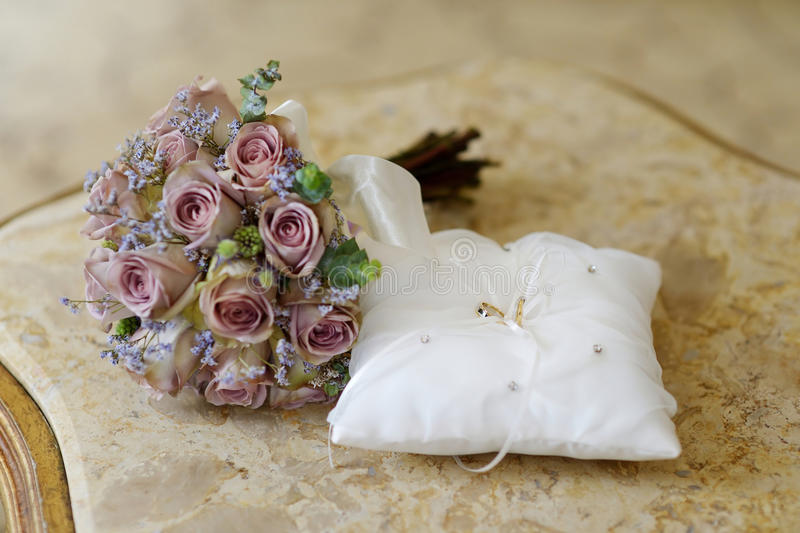 Download Wedding Rings On A Pillow Stock Image - Image: 30191351