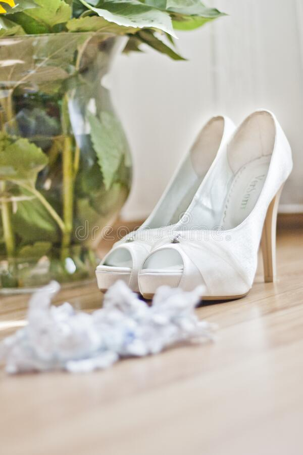 Wedding Shoes & Garter Free Public Domain Cc0 Image