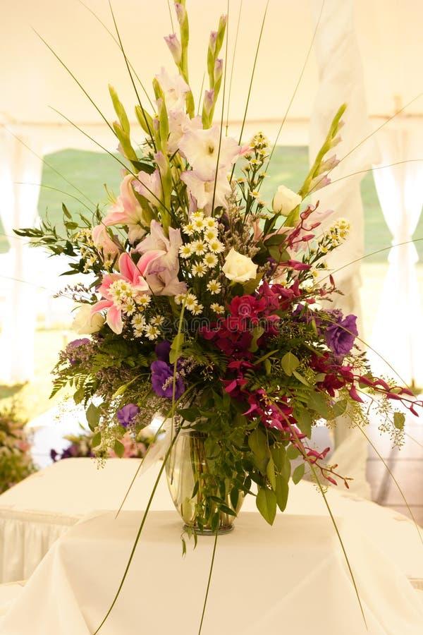 Free Wedding Table Arrangement Royalty Free Stock Photos - 332848