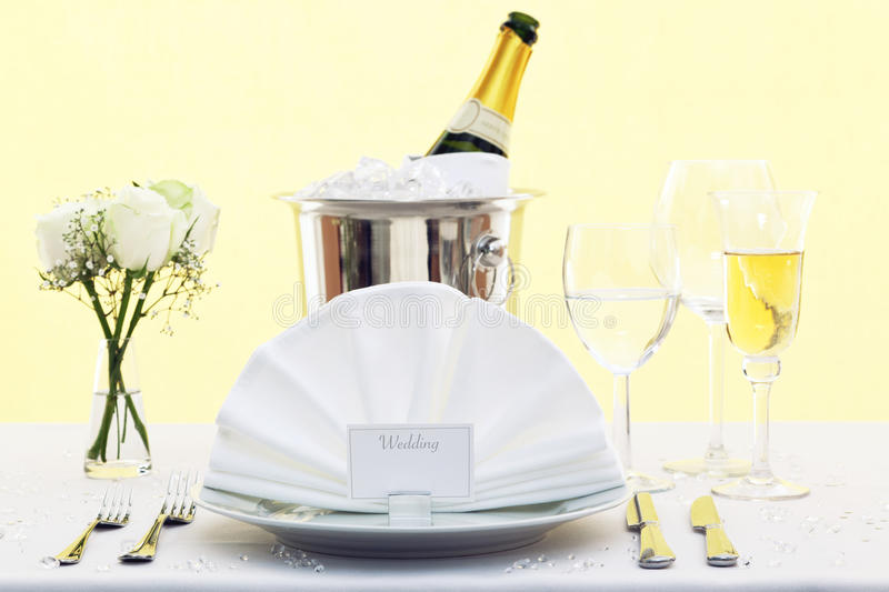 Download Wedding Table Place Setting Stock Image - Image: 23028411
