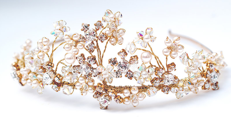 Wedding Tiara. Stunning Wedding Tiara in gold with crystals and pearls in vintage retro styling