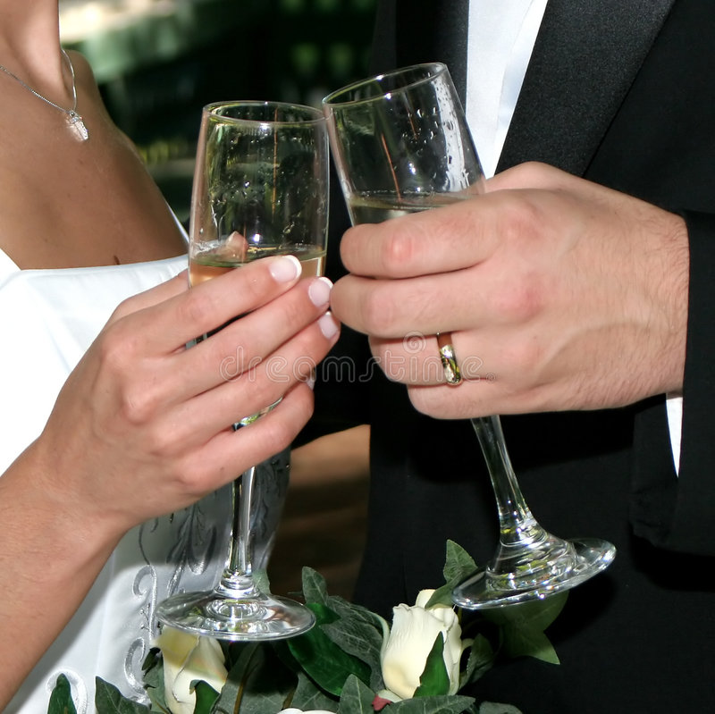 Free Wedding Toast Royalty Free Stock Photo - 2169085