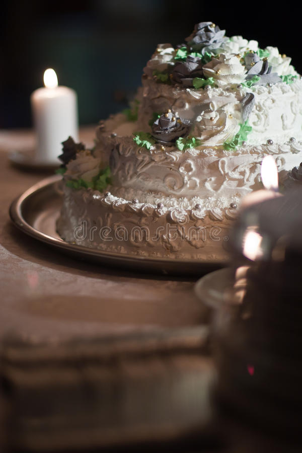 Wedding weißer Kuchen stockfotos