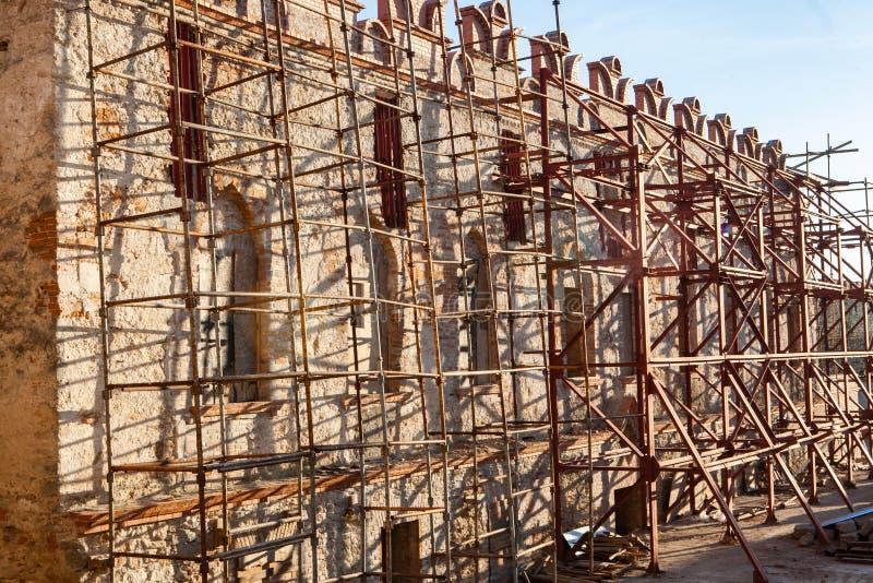 Wederopbouw van het kasteel stock fotografie