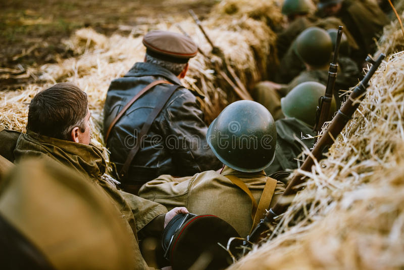 Wederopbouw van Slag tijdens gebeurtenissen gewijd aan zeventigste anniver royalty-vrije stock fotografie