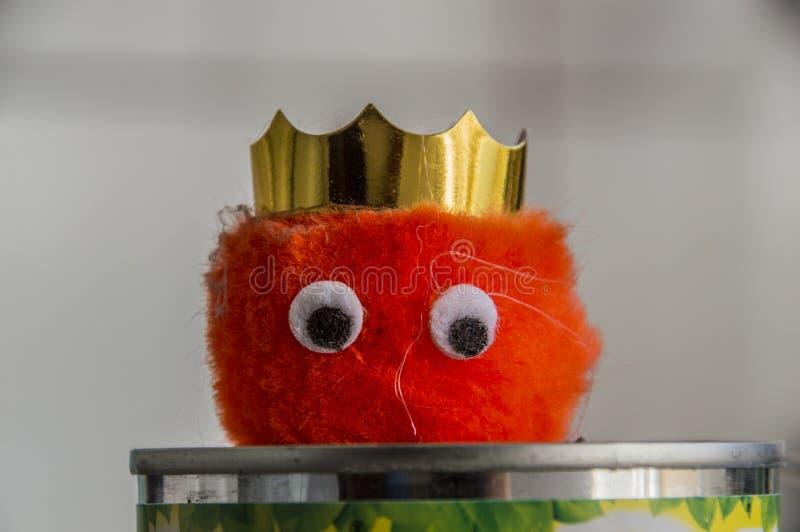 Weepul rosso con la corona fotografia stock libera da diritti