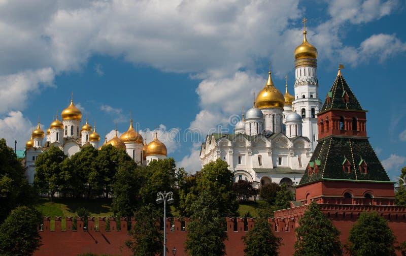 Weergeven in het Kremlin van de rivier stock foto