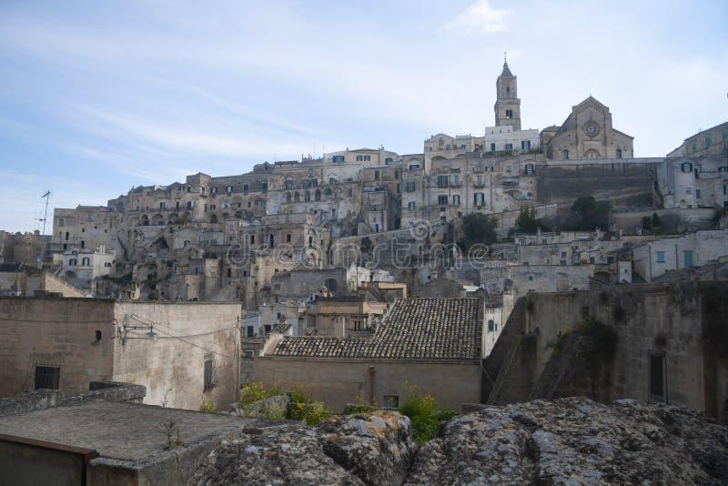 Weergeven op oude huizen van Matera, Italië stock afbeelding