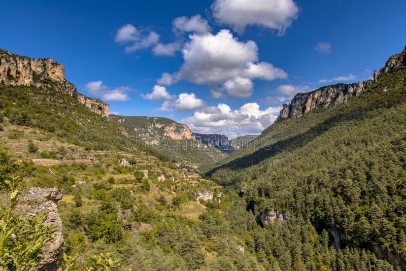 Weergeven over de vallei van de Tarn royalty-vrije stock foto