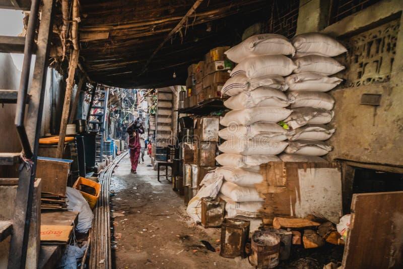 Weergeven van binnenuit de dharavikrottenwijk in mumbay India royalty-vrije stock foto