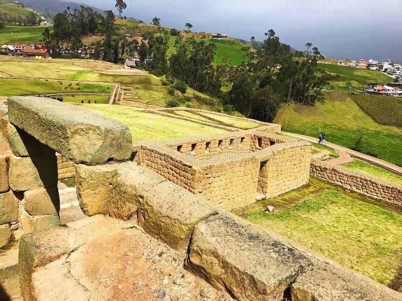 Weergeven van boven de Oude Ruïnes van Ingapirca, Ecuador royalty-vrije stock afbeeldingen