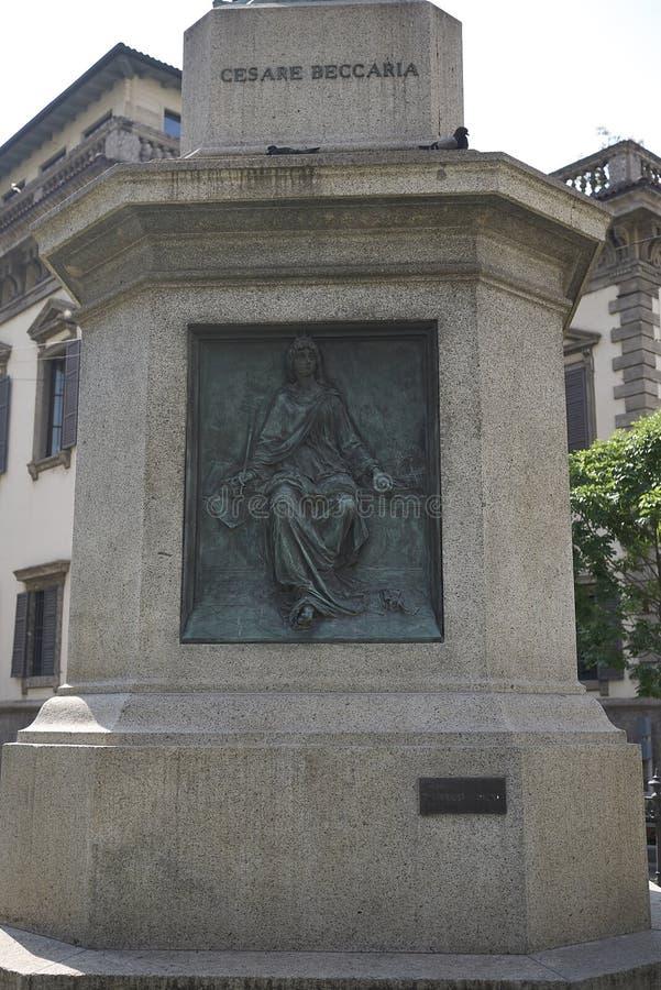 Weergeven van de allegorie van Civilta raggiante in de kelderverdieping van Cesare Beccaria-monument royalty-vrije stock fotografie