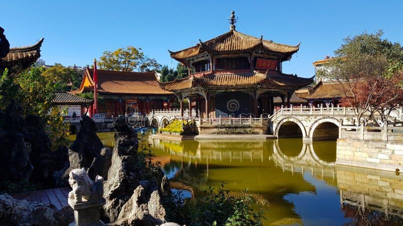 Weergeven van de Boeddhistische Tempel van Yuantong in Kunming, Yunnan, China royalty-vrije stock afbeelding