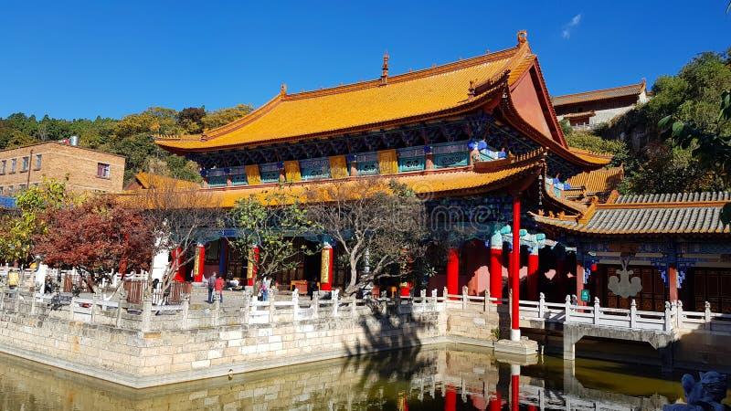 Weergeven van de Boeddhistische Tempel van Yuantong in Kunming, Yunnan, China stock fotografie