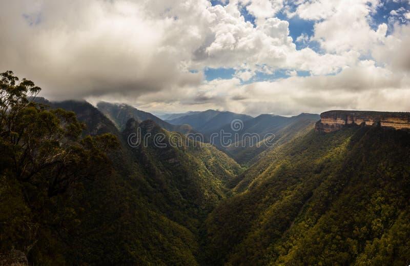 Weergeven van de Kanangra-Muren, kanangra-Boyd Nationaal Park, Australië royalty-vrije stock foto