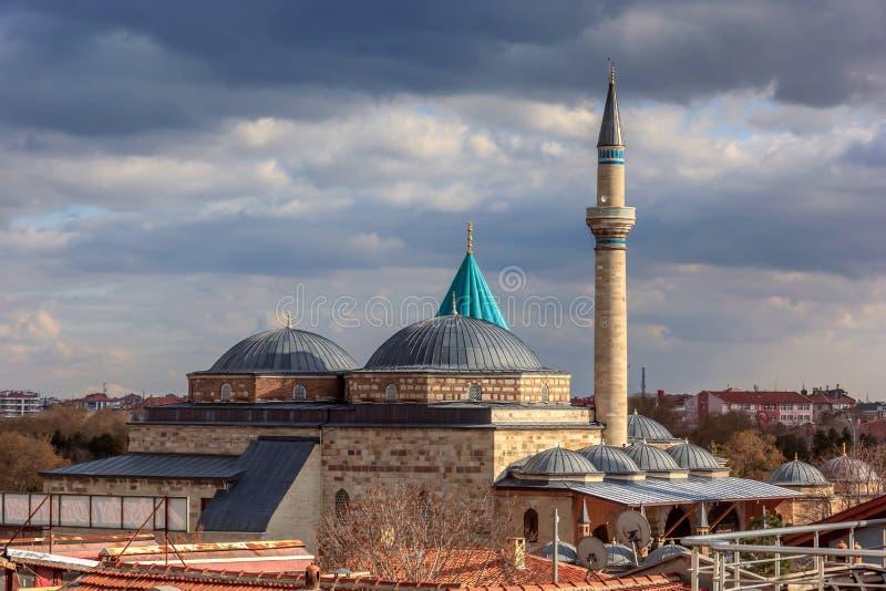 Weergeven van de Moskee van Mevlana Mevlana in Konya stock afbeeldingen