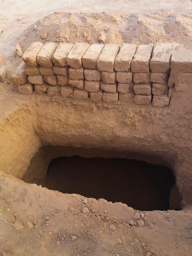Weergeven van de Moslimbegraafplaats van Baqee- bij Masjid-moskee Nabawi in Al Madinah, Koninkrijk van Saudi-Arabië stock afbeelding