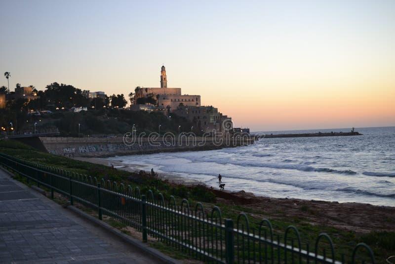 Weergeven van de oude haven in Tel Aviv bij zonsondergang, oude stad Jaffa, Yafo, Israël stock afbeelding