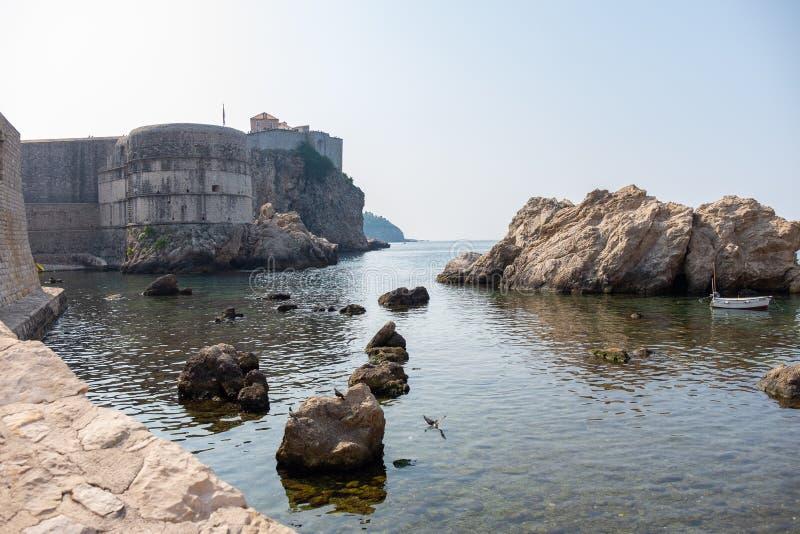 Weergeven van de oude stad van Dubrovnik stock afbeelding