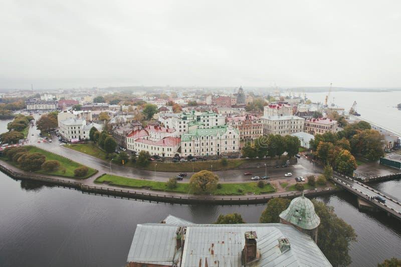 Weergeven van de oude stad van het Vyborg-Kasteel stock afbeelding