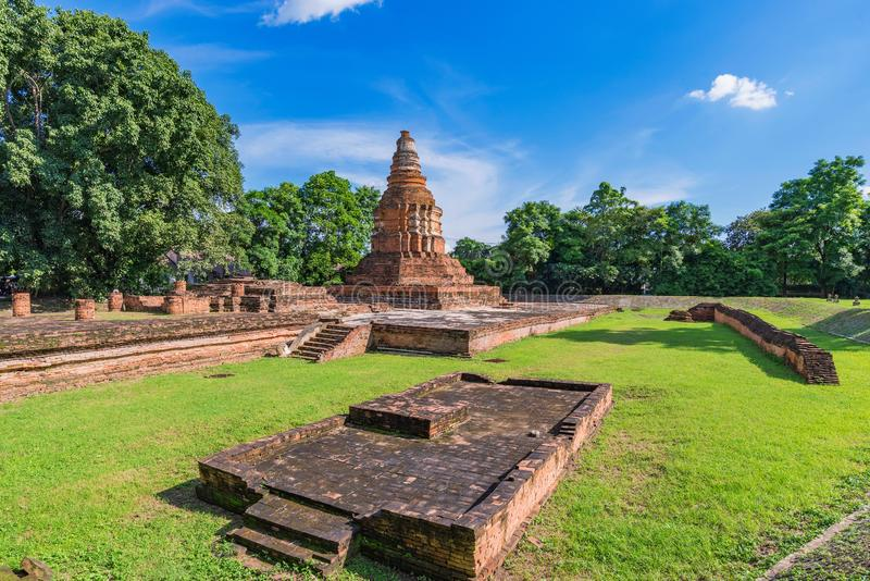 Weergeven van de tempelruïnes van Wiang Kam royalty-vrije stock afbeeldingen