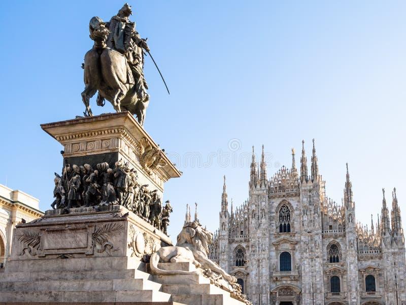 Weergeven van Duomo-Di Milaan van Monument in ochtend royalty-vrije stock afbeelding