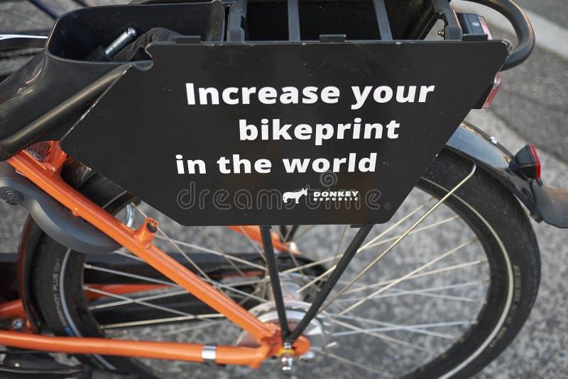 Weergeven van een fietsparkeren royalty-vrije stock fotografie