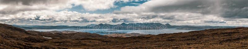 Weergeven van Eiland van Skye van de Bedelaars van Bealach n in Schotland royalty-vrije stock afbeelding