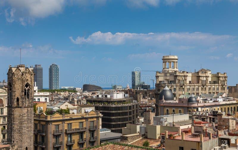 Weergeven van gebouwen van een dak in Barcelona, Spanje royalty-vrije stock fotografie