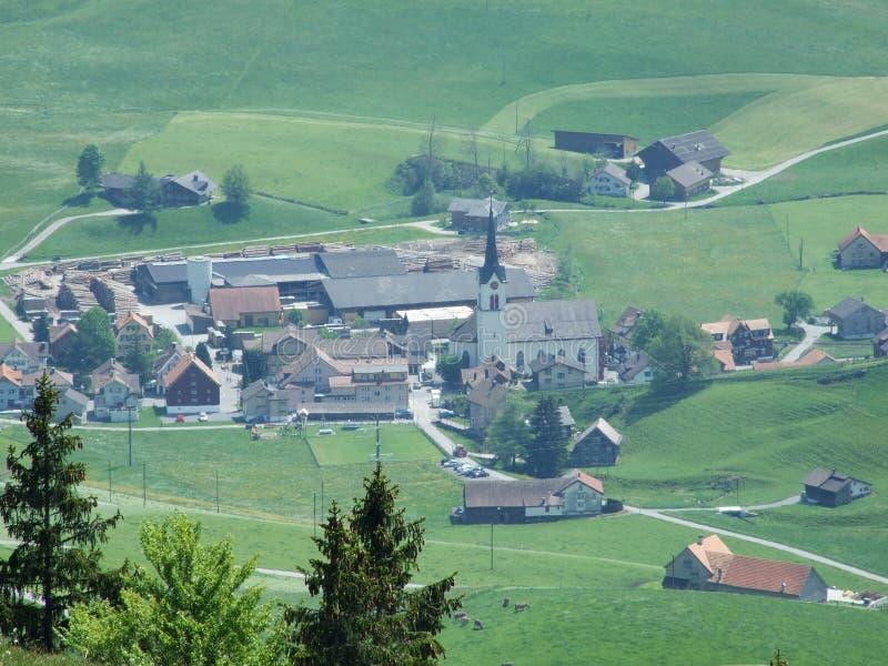Weergeven van het dorp van Stechlenegg stock afbeeldingen