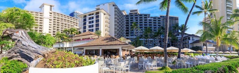 Weergeven van het Halekulani-Hotel, beroemd Waikiki-strand stock foto