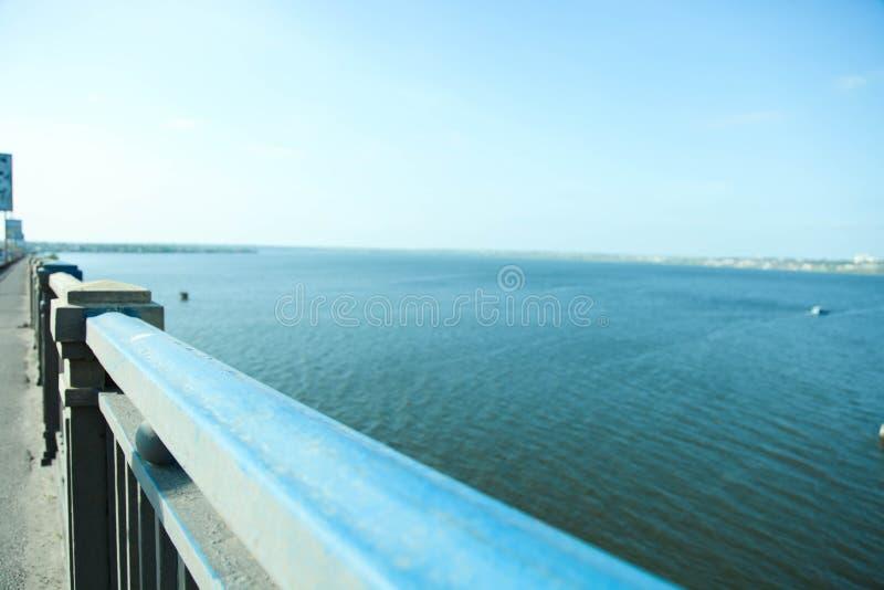 Weergeven van horizon van brug royalty-vrije stock foto's