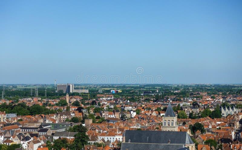Weergeven van Klokketorentoren: het noorden naar AZ Sint Januari in Brugge, Vlaanderen, België stock afbeelding