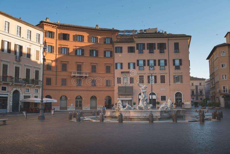 Weergeven van Piazza Navona in de ochtend, Rome royalty-vrije stock afbeeldingen
