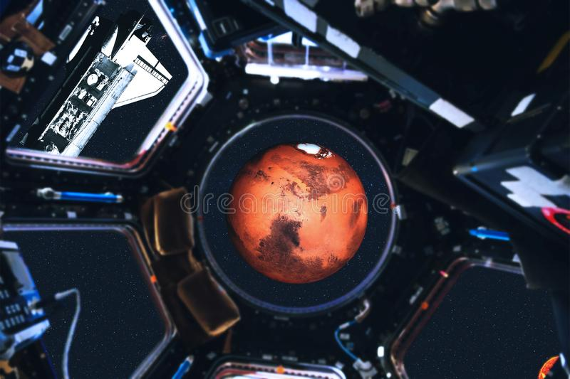 Weergeven van ruimteveer en Zonnestelselplaneten van ruimtestation vector illustratie