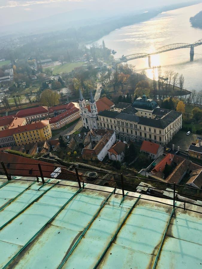 Weergeven vanaf de bovenkant van de Basiliek van Esztergom stock fotografie
