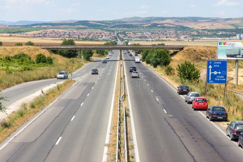 Weg aan de rand van Burgas Vetren, Bulgarije royalty-vrije stock afbeelding