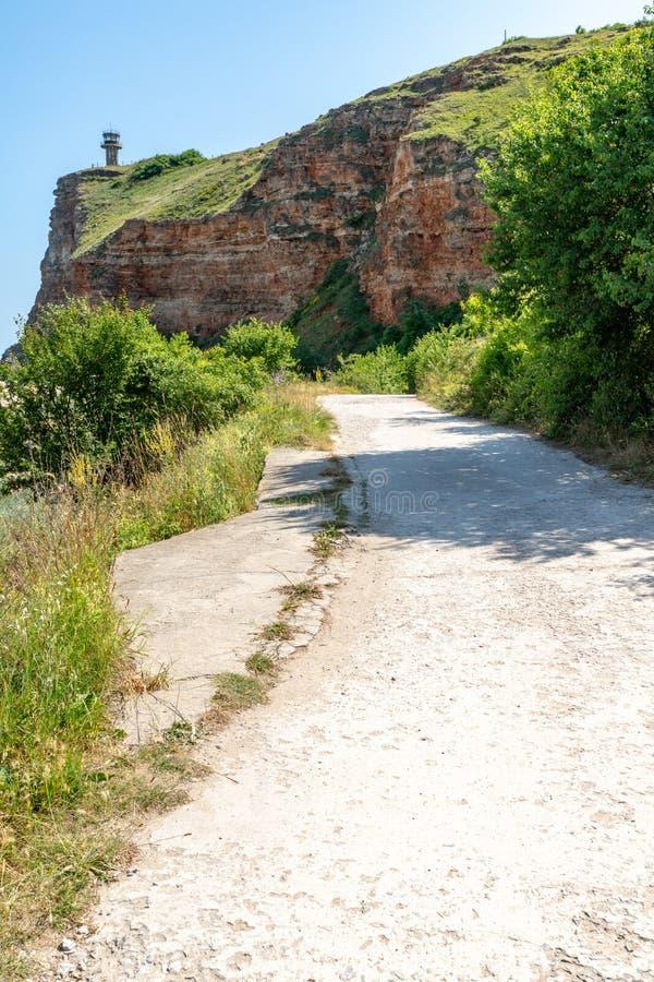 Weg aan Kaap Kaliakr in Bulgarije stock afbeelding