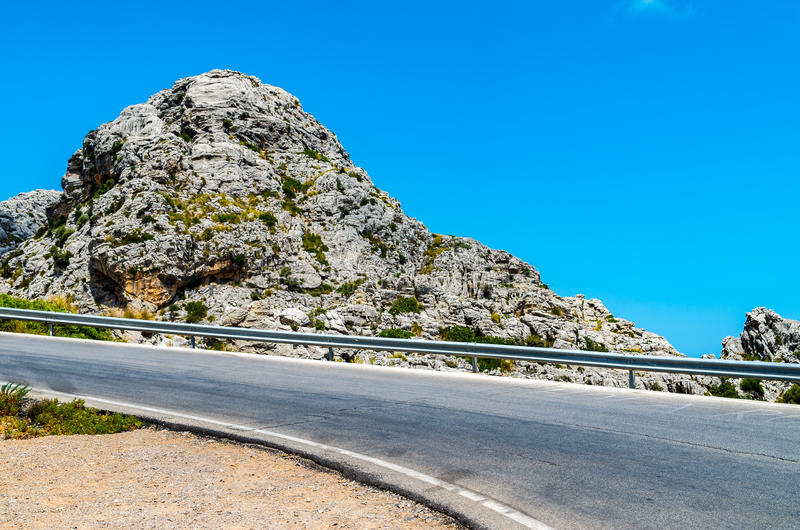 Weg aan Sa Calobra in Serra de Tramuntana - bergen in Mallorc royalty-vrije stock foto's