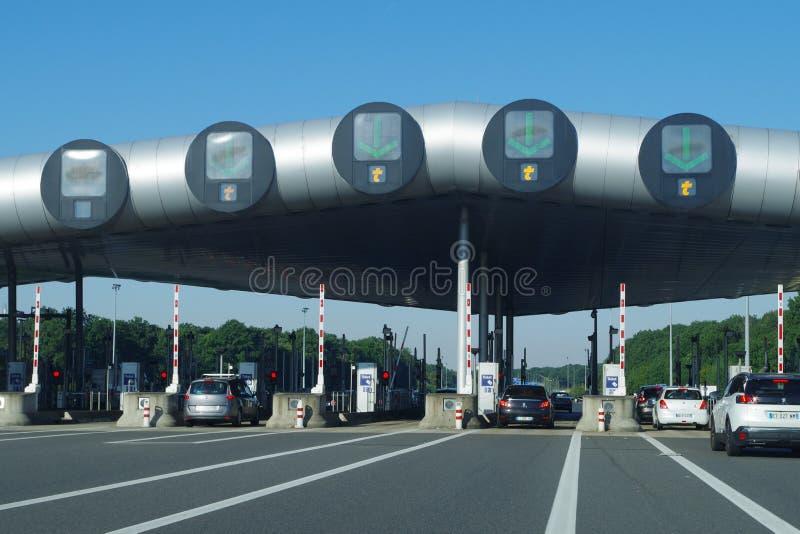 Weg A10 - Barrier DE Saint-Arnoult Het grootste tolplein in Europa royalty-vrije stock foto