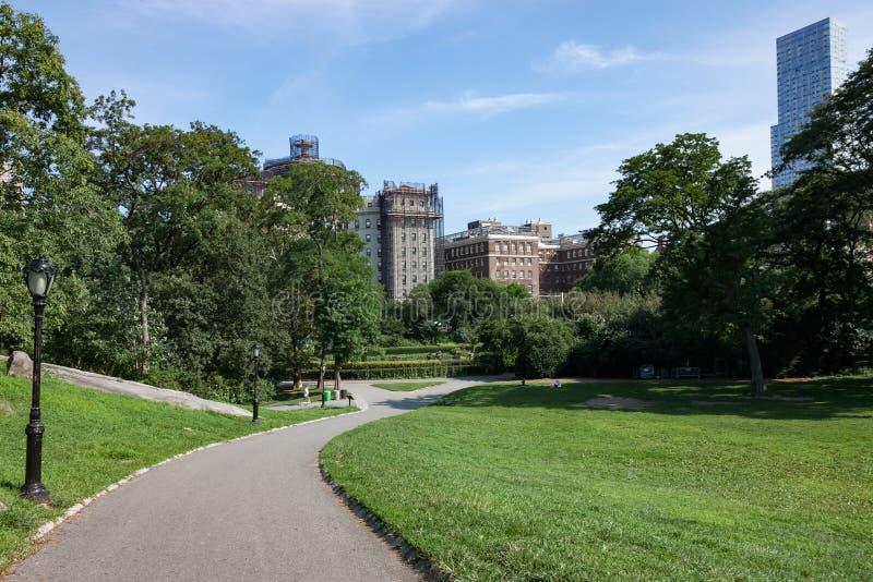 Weg in de Stad van Central Parknew york stock foto's