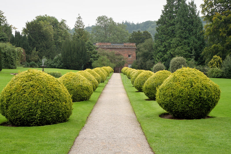 Weg door een Engelse Tuin royalty-vrije stock foto's