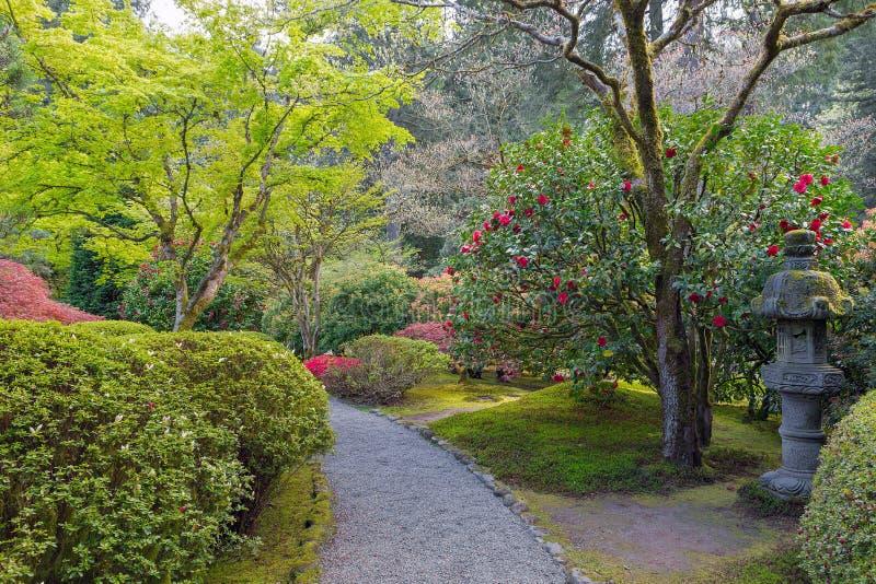 Weg am japanischen Garten lizenzfreie stockfotos