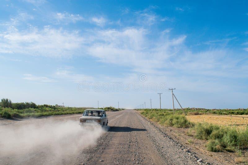 Weg in Turkmenistan royalty-vrije stock afbeeldingen