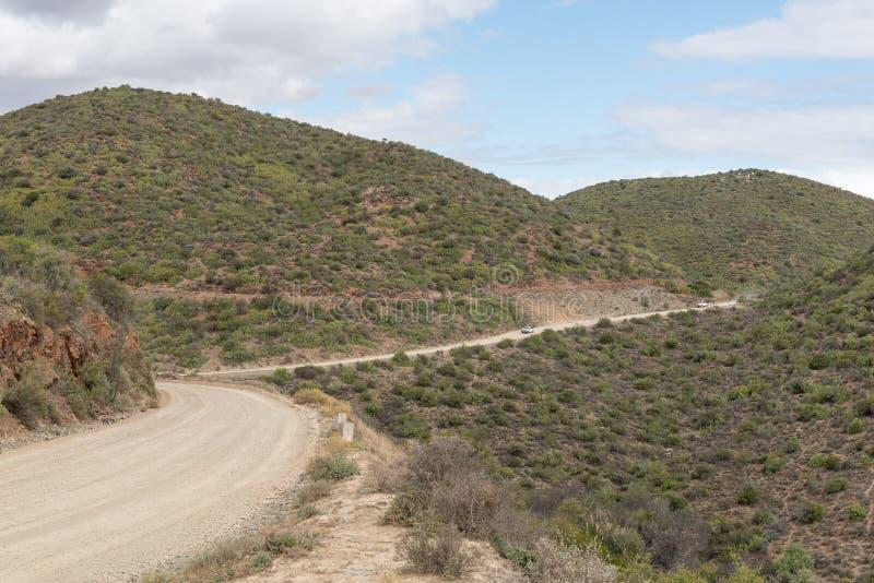Weg tussen Kruisrivier en Calitzdorp bij Calitzdorp-Damviewpo stock fotografie