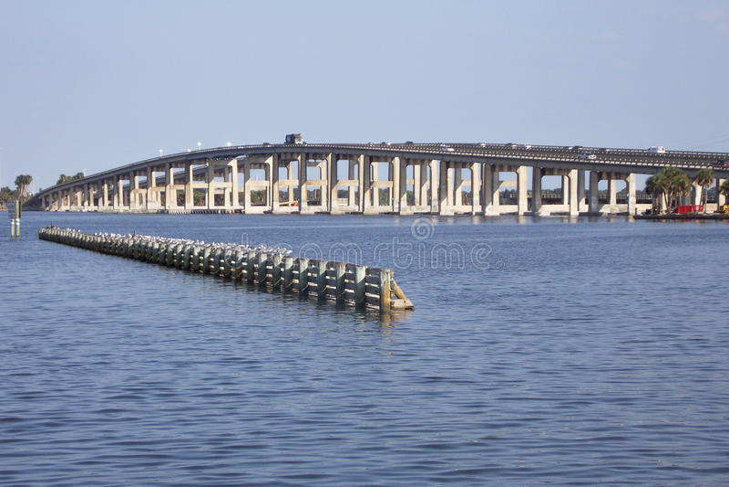 Weg 404 van de staat Brug in Cacaostrand Florida royalty-vrije stock foto's