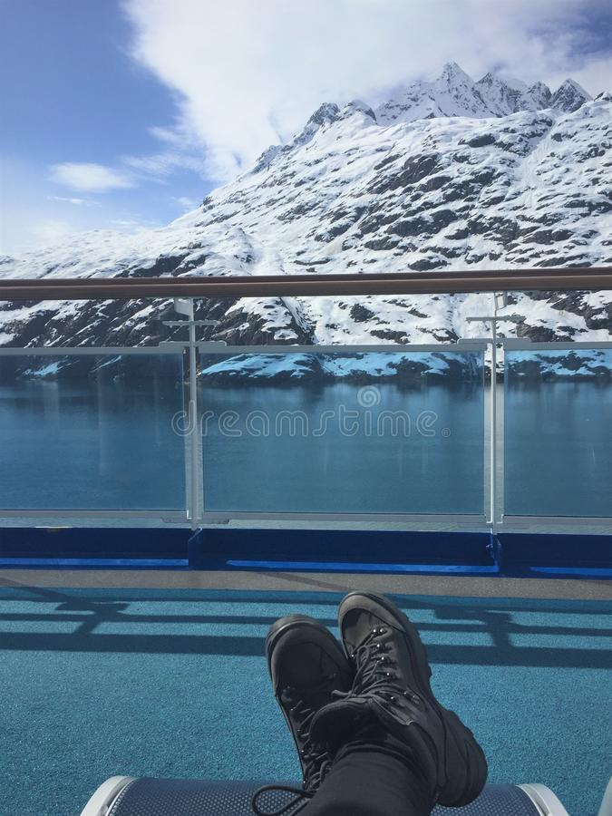 Weg varend de dag John Hopkins Inlet, Gletsjerbaai Alaska stock foto's